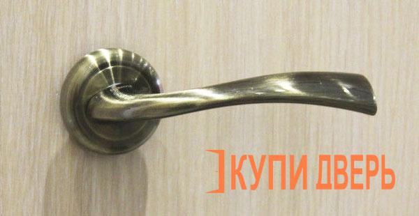 Дверная ручка Бьянко бронза