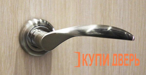Дверная ручка Катания хром (никель)