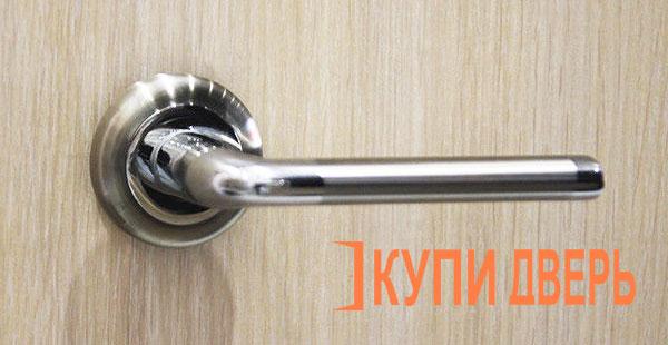 Дверная ручка Феррара хром (никель)